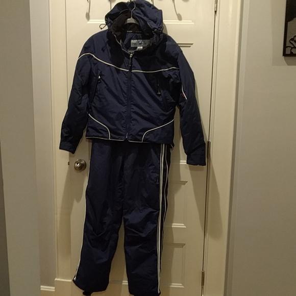 Obermeyer ATC snow pants and coat. M 5bc67e6a3e0caa937f478563 5d52c6625